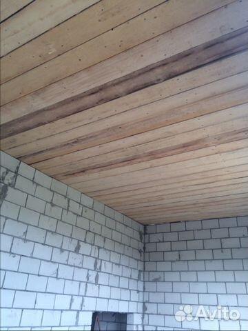 Подшить потолок досками цена