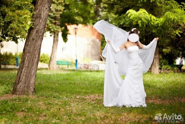 Объявление о продаже Свадебное платье со шлейфом в Краснодарском крае на AVITO.ru.