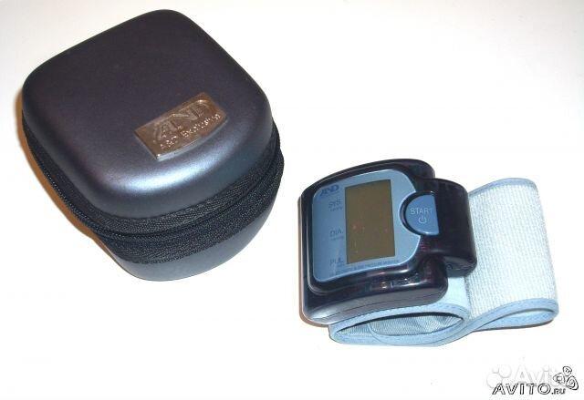 Тонометр автоматический компактный с технологией