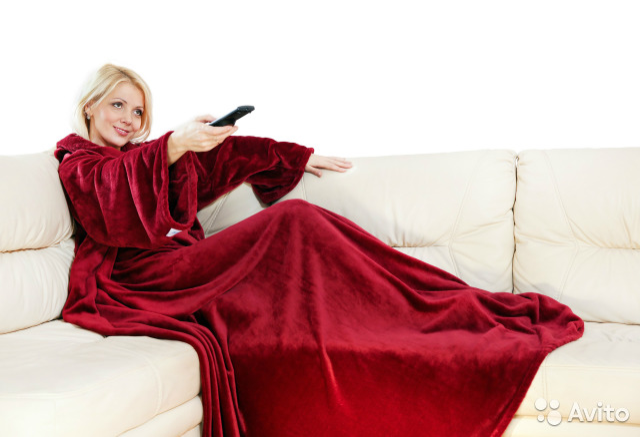 Одеяло плед с рукавами Snuggle купить 2