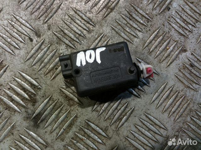 рено логан активатор замка багажника