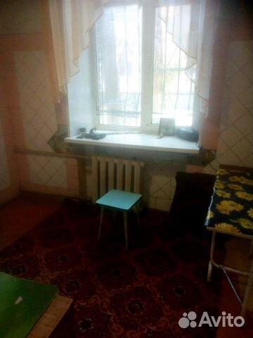 Продается трехкомнатная квартира за 1 750 000 рублей. Саратов, Кавказский проезд, 11.
