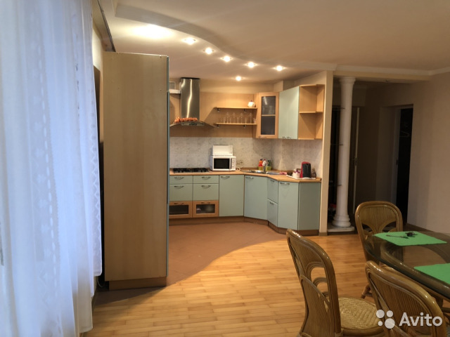 Продается трехкомнатная квартира за 8 200 000 рублей. г Тула, ул Гоголевская, д 74.