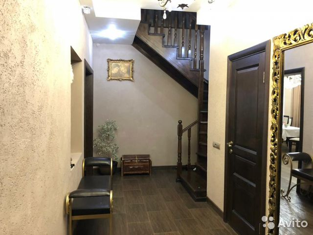 The cottage of 200 m2 on a plot of 3 cells. 89176292007 buy 8
