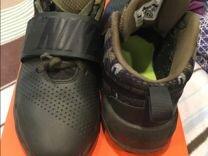 Кроссовки Nike р-р 5Y