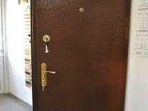 Квартирные стальные двери с отделкой ламинат
