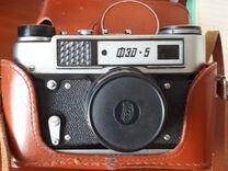 Фотоаппарат фэд-5 и фотовспышка Чайка в рабочем со