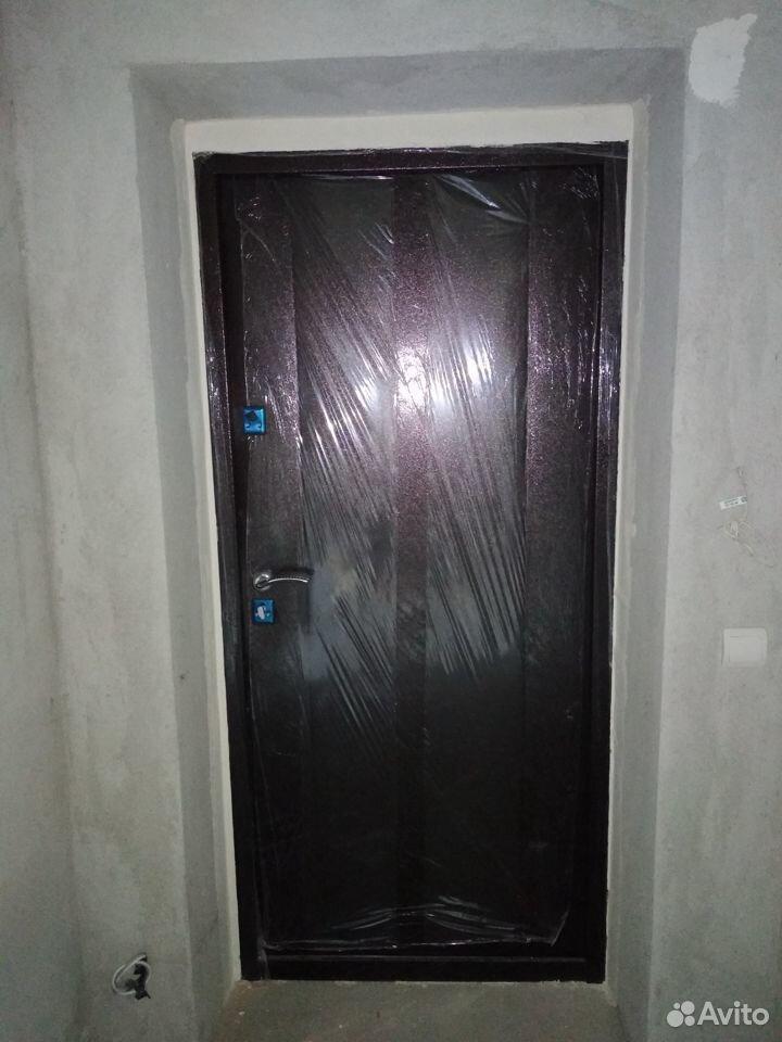 Продам входную дверь б/у  89118681025 купить 2