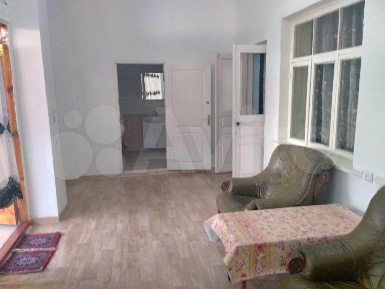 3-к квартира, 80 м², 1/1 эт.  89637966340 купить 4