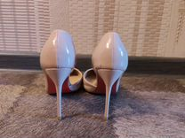 Туфли лодочки (почти новые)