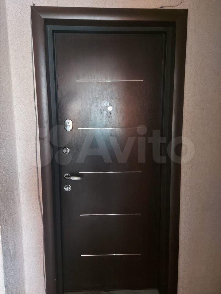 2-room apartment, 50 m2, 1/5 floor  89148633303 buy 10